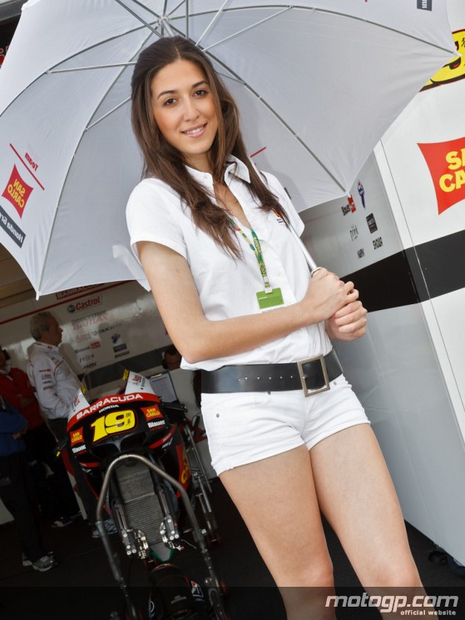 Fille des paddocks du grand prix moto Estoril 2012