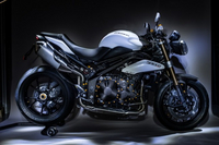 Accessoires Triumph Speed Triple 1050 par LighTech